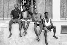 40 – Lampedusa. Je suis toujours surpris par le sourire et le fatalisme des jeunes Africains.